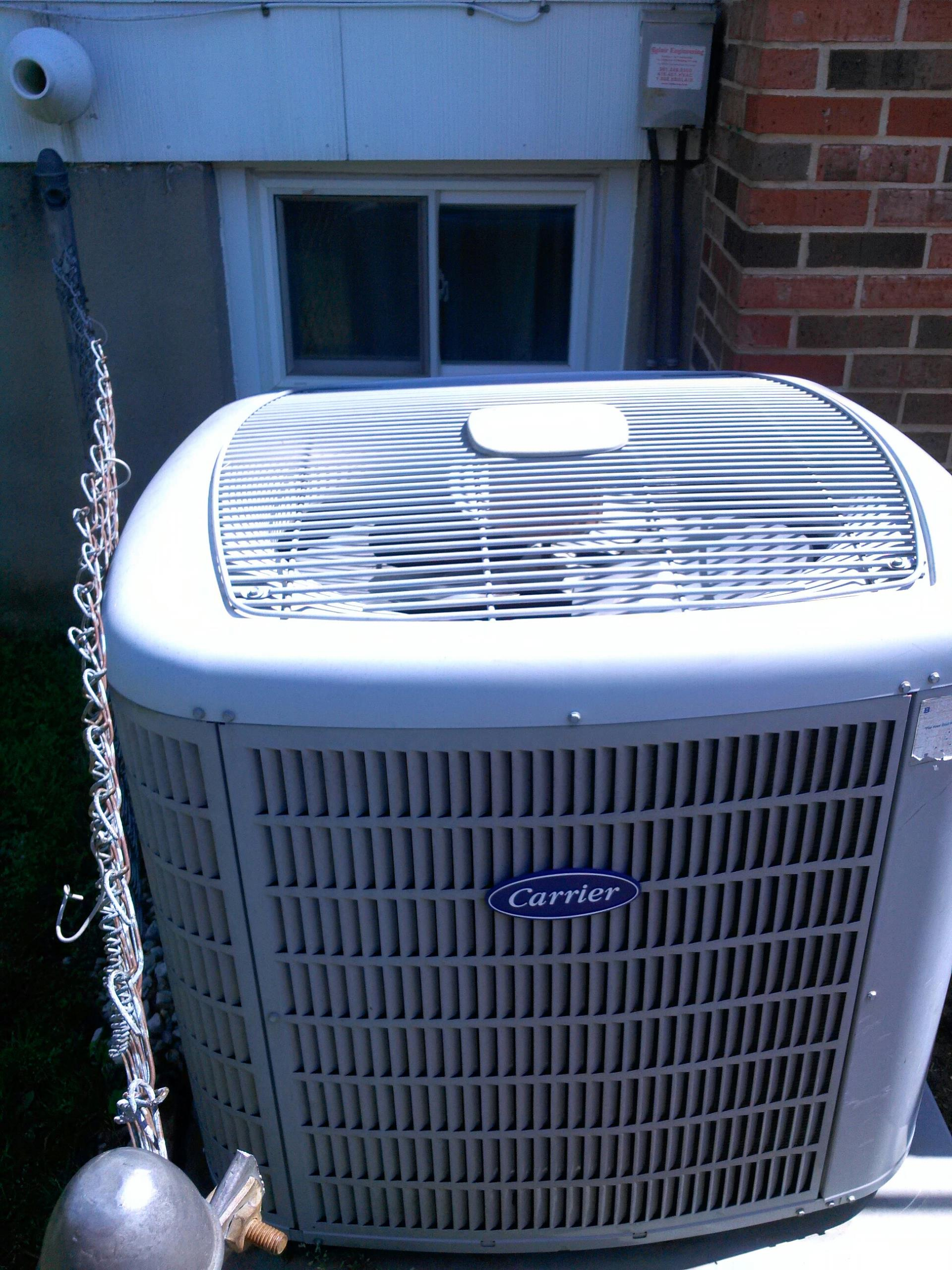 Berwyn Heights, MD - Carrier A/C air conditioning & heating system repair service call Berwyn Heights Maryland