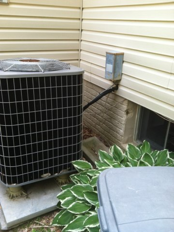 Crownsville, MD - Heat pump AC heating & air conditioning system replacement installation service call in Crownsville Maryland.