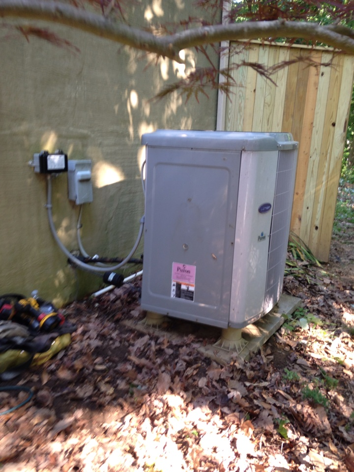 Crownsville, MD - Carrier heatpump AC heating & cooling system replacement installation service in Crownsville Maryland.