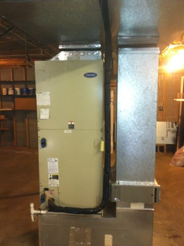 Crownsville, MD - Carrier heat pump A/C heating & air conditioning system replacement installation service in Crownsville Maryland.