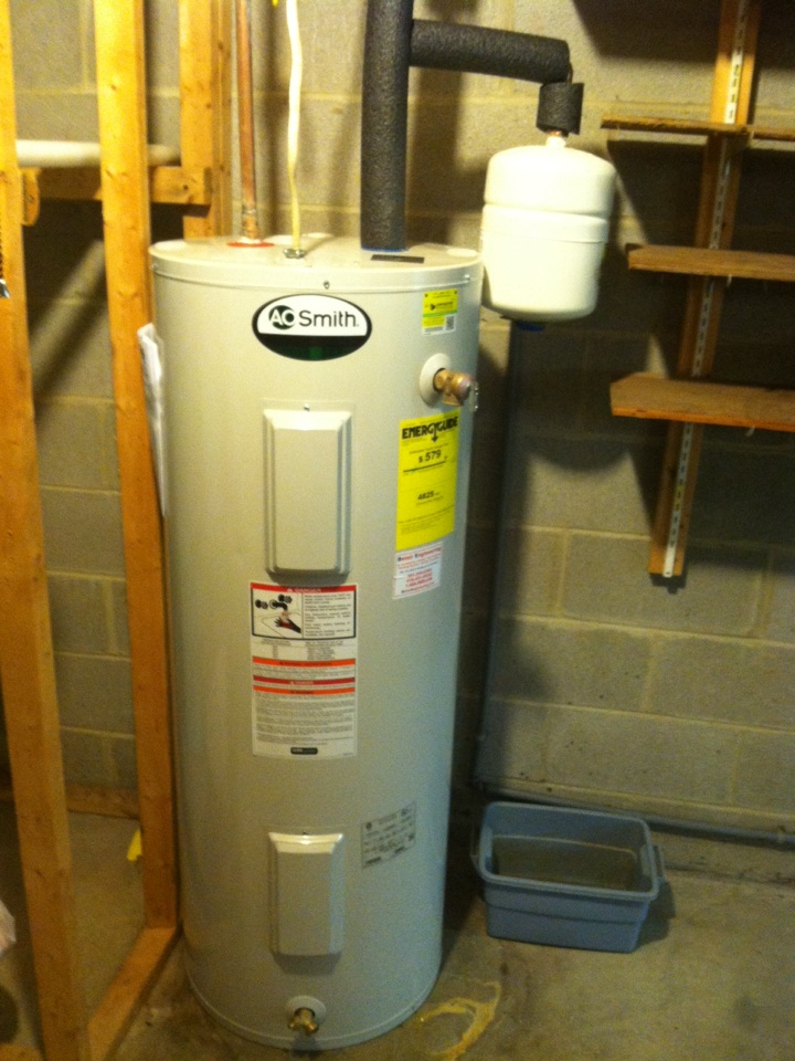 Crownsville, MD - Install new hot water heater at 774 Paul birch dr