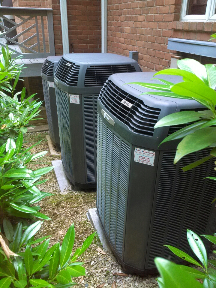 Gambrills, MD - trane heat pump ac air conditioner heating & cooling system repair service call in gambrills maryland.