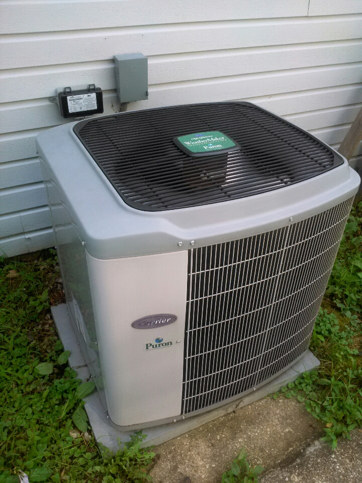 Gambrills, MD - Carrier AC air conditioner & air conditioning system installation repair service call in Gambrills Maryland.