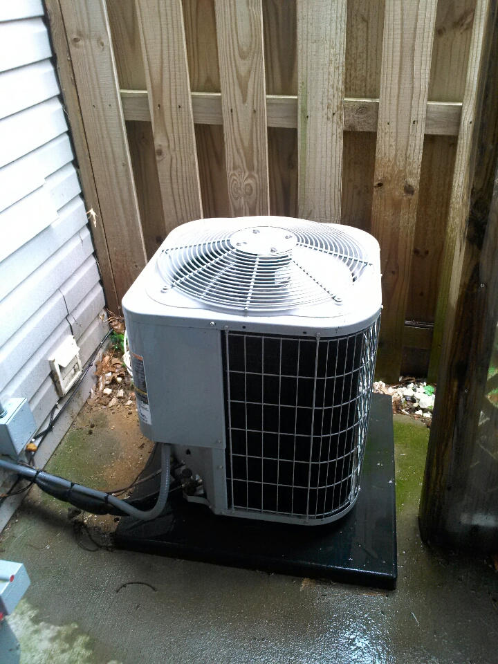 Crofton, MD - AC air conditioner heating & air conditioning installation repair service call in Crofton Maryland.