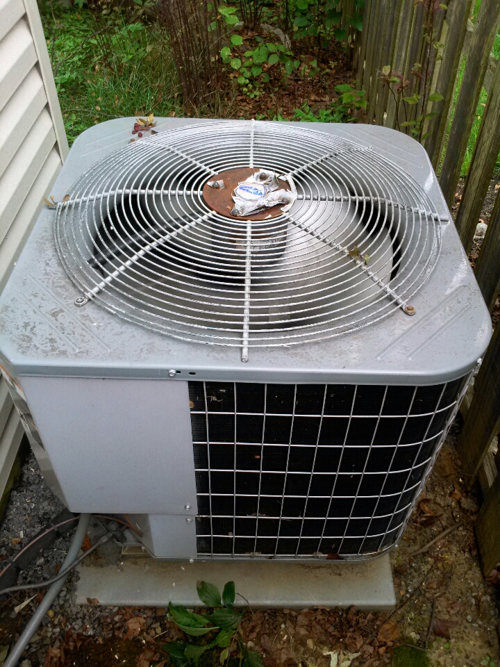 Crofton, MD - Heat pump AC air conditioner heating & air conditioning system replacement installation service call in Crofton Maryland.