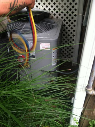 Crofton, MD - AC gas furnace heating & air conditioning system replacement installation service call in Crofton Maryland.