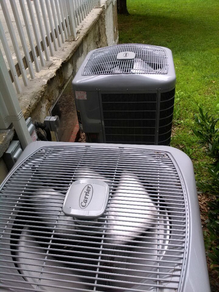 Gambrills, MD - heat pump furnace ac heating and air conditioning system repair service call in Gambrills Maryland.