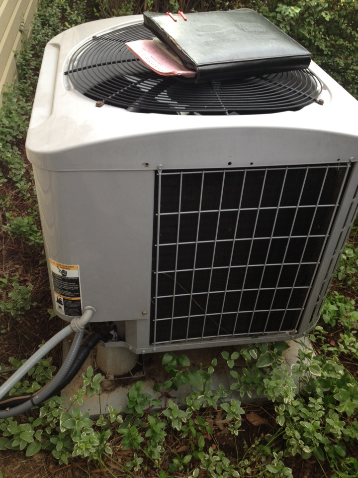Gambrills, MD - Kenmore heat pump furnace & ac air conditioner heating and air conditioning system replacement installation service call in Gambrills Maryland.