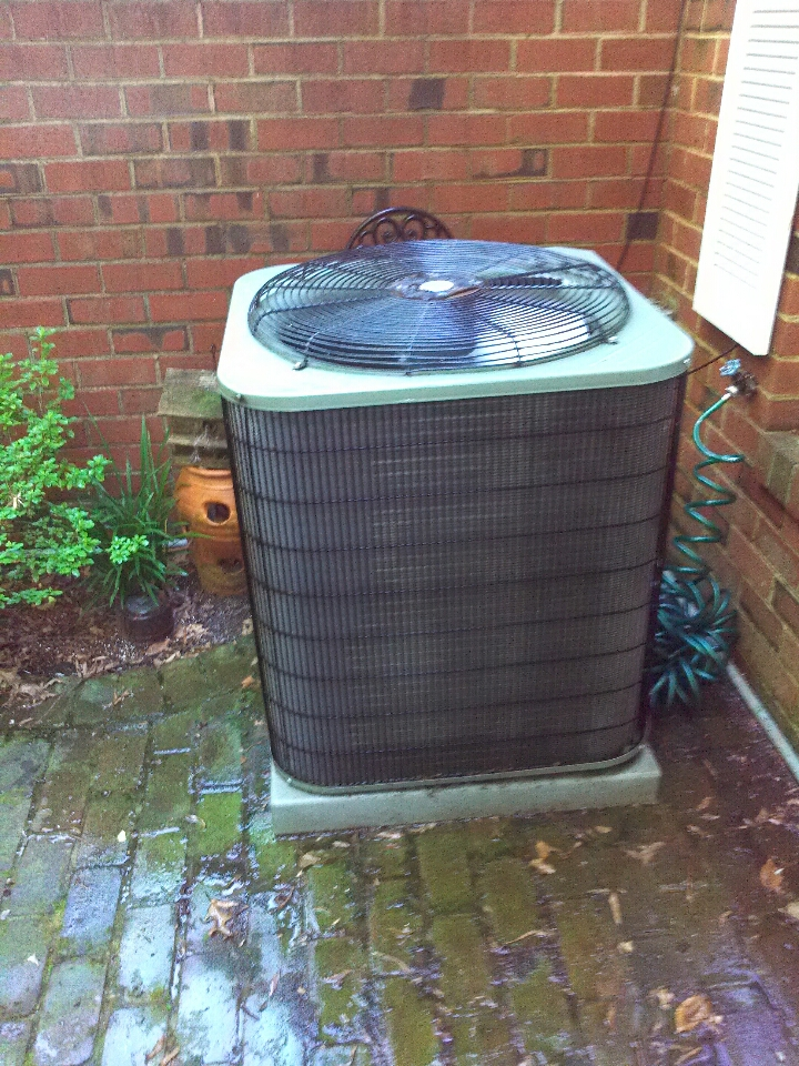 Crofton, MD - Payne heating furnace & ac air conditioning system installation repair service call in Crofton Maryland.