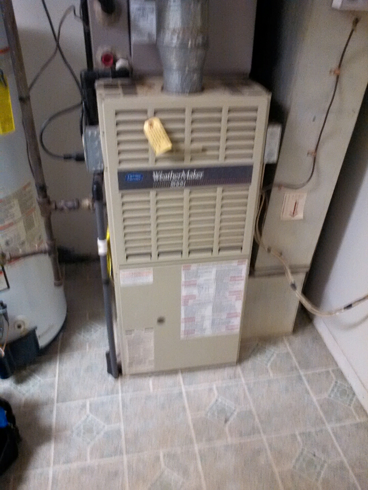 Gambrills, MD - carrier furnace ac heating & air conditioning system installation repair service call in gambrills maryland.