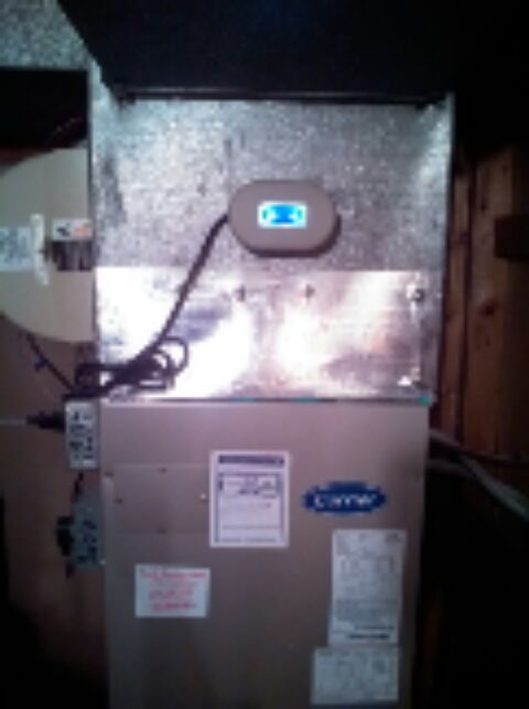 Crofton, MD - Carrier gas furnace, AC, UV light, & humidifier repair service call on a heating & air conditioning system in Crofton Maryland.