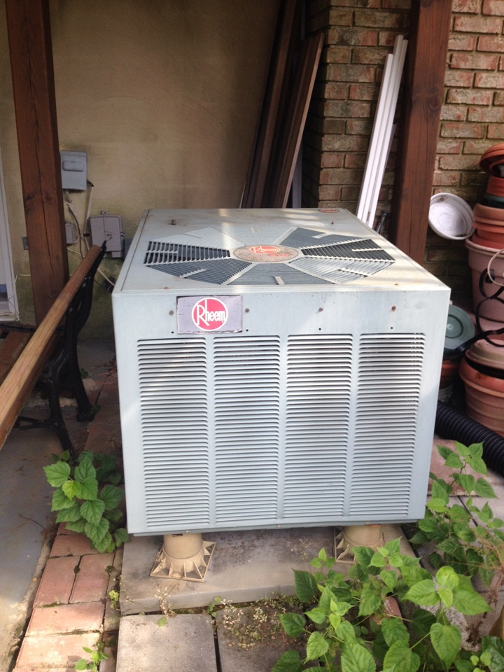 Crofton, MD - Rheem heating & air conditioning system replacement installation service call.