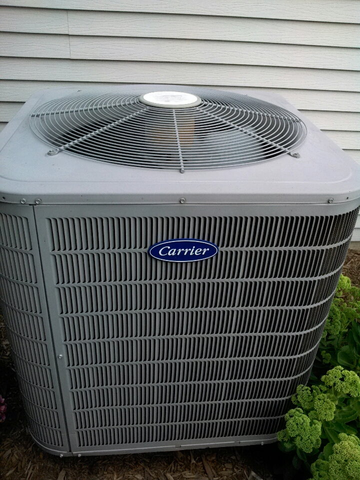 Crofton, MD - Heat pump furnace heating & air conditioning system installation maintenance repair service call in Crofton Maryland.