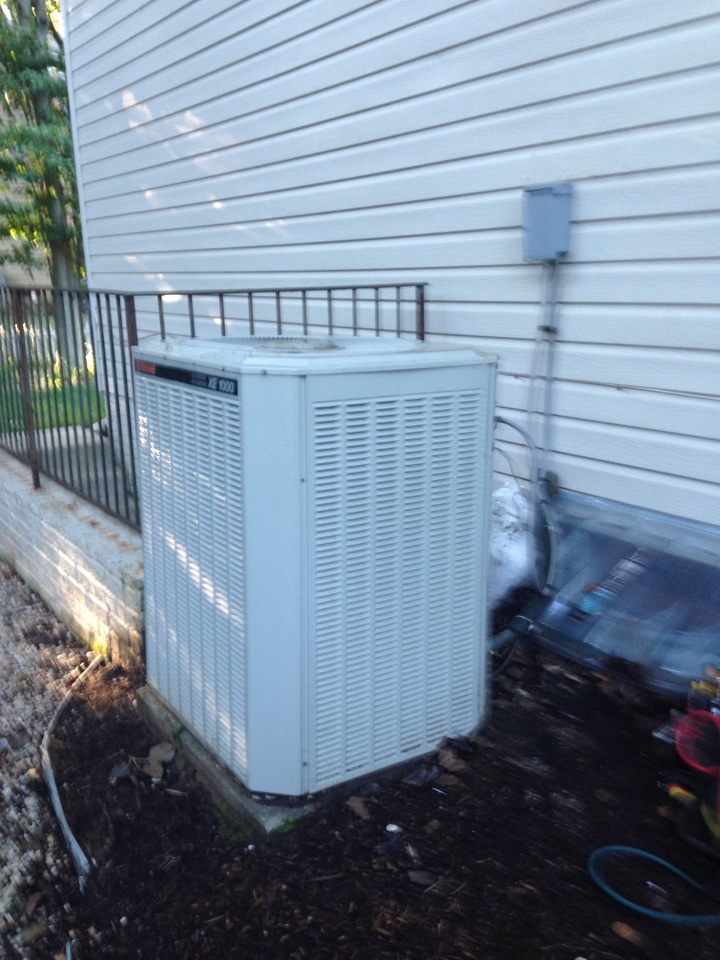 Crofton, MD - Trane gas furnace heating & air conditioning system replacement installation in Crofton Maryland.
