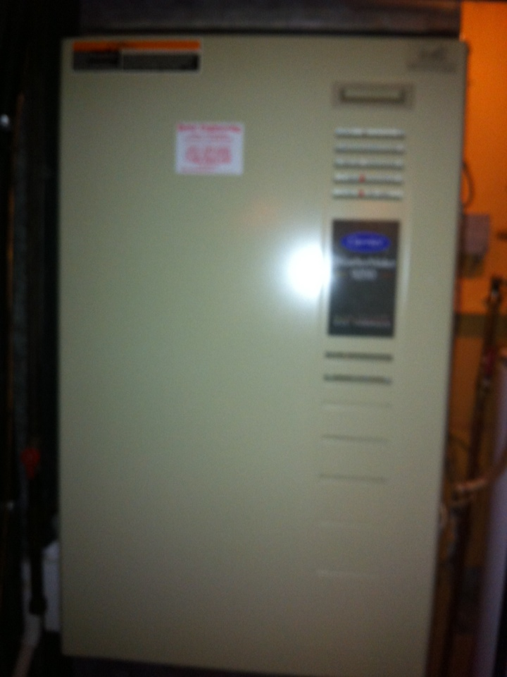 Gambrills, MD - Carrier gas furnace heating & air conditioning system maintenance tune up service call in Gambrills Maryland.
