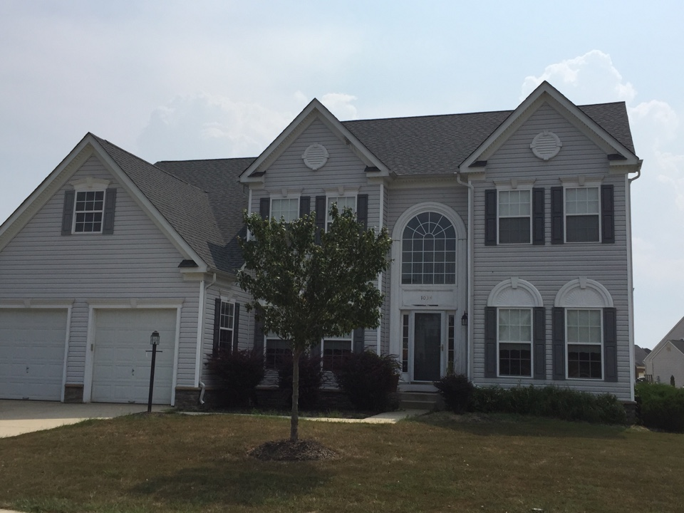 La Plata, MD - Check out the new Pewter gray GAF roof