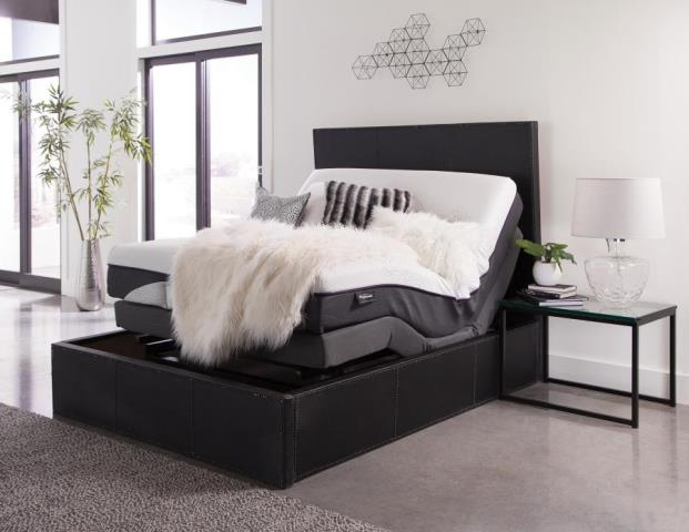 customer came in search of the best adjustable hybrid mattress in Pensacola and found the perfect one due to us having the largest selection of adjustable mattresses in Pensacola.