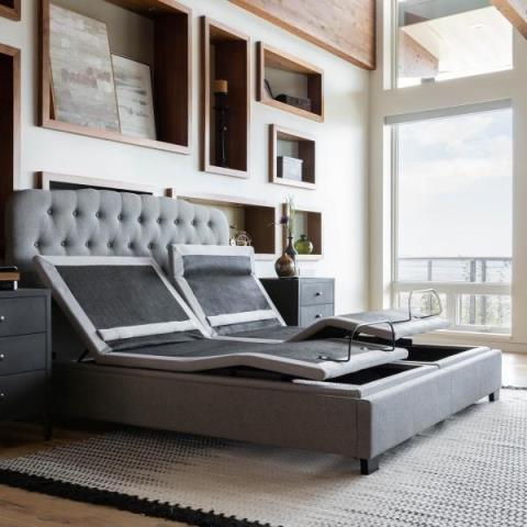 Cantonment, FL - customer came in search of the best split adjustable mattress in Pensacola and found the perfect split hybrid mattress to go with there split king adjustable base due to us having the largest selection of adjustable mattresses in Pensacola.