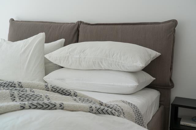Pensacola, FL - Which mattress type is best for you? Learn More Here: http://bestmattresspensacola.com/