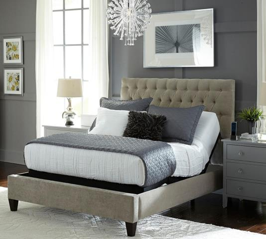 Cantonment, FL - Customer came in looking for a high quality king size adjustable bed and was pleased to find that we have the largest selection of hybrid mattresses in town! They were able to pick out a gel hybrid mattress and a power base that fit their needs and left happy with their purchase!