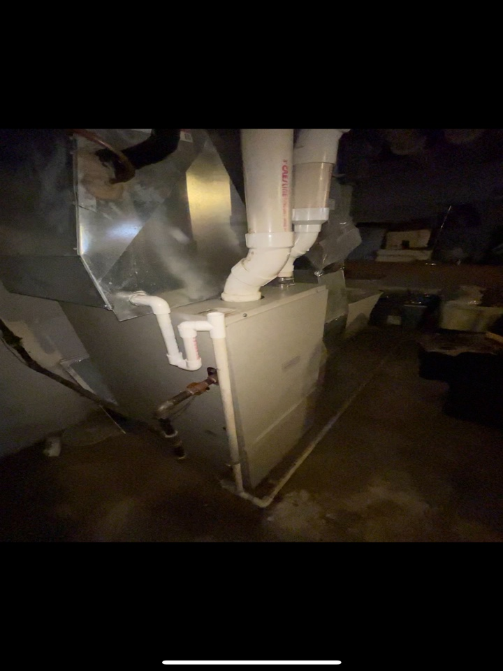 Woodstock, IL - Customer has an old high efficiency Frigidaire furnace with supplemental heat from a wood stove on the main floor. They were given a free estimate on a few Lennox options for replacement.