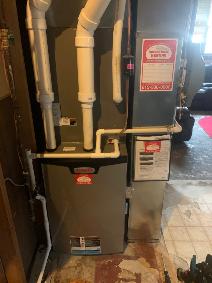 Johnsburg, IL - Jon was in Johnsburg performing the annual furnace clean and inspection. Luckily, no issues to report at this time!