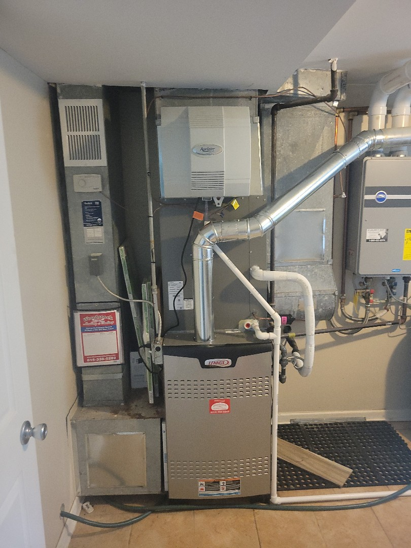 Woodstock, IL - Whit & Alex's install of a new full system equipped with two stage heating and a variable speed blower motor.