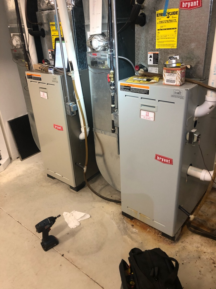 Freeport, IL - Annual furnace maintenance inspection and cleaning plus repair