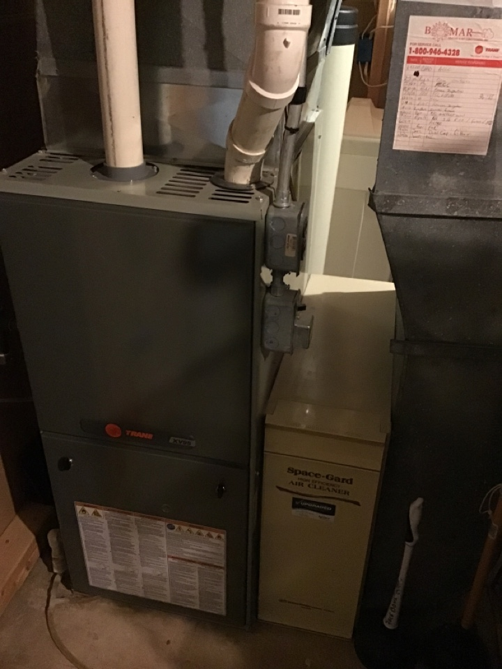 Rockford, IL - Here for an annual clean and check for this Trane furnace.