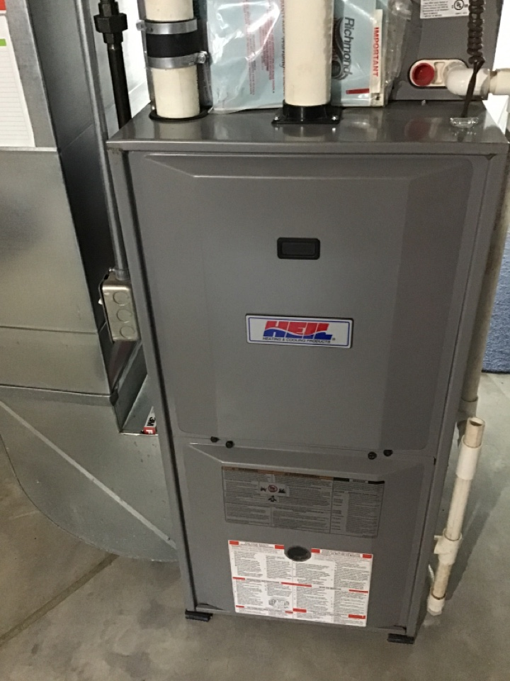 Lanark, IL - Here today for a furnace clean and check for this Heil furnace and one of our Comfort Club members.  Winter's coming, is your furnace ready?