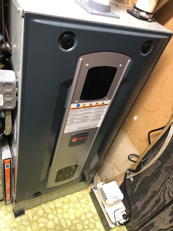 Davis, IL - Annual furnace maintenance inspection and cleaning