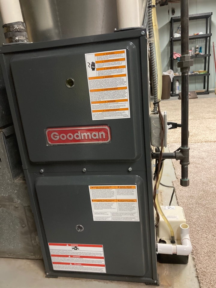 Winnebago, IL - This Goodman furnace is ready for the upcoming winter weather.