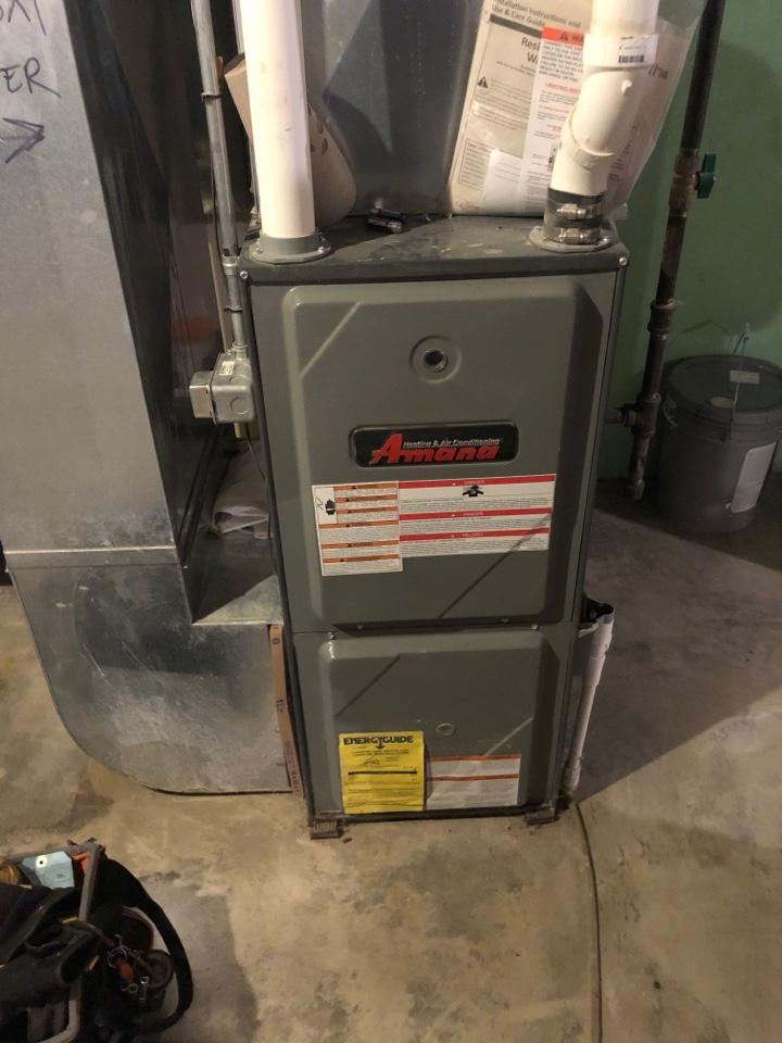 Orangeville, IL - Furnace repair on a Amana furnace.
