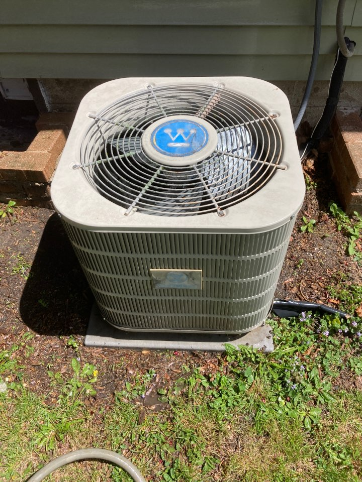 Pearl City, IL - Seasonal maintenance inspection on this Westinghouse air conditioner.