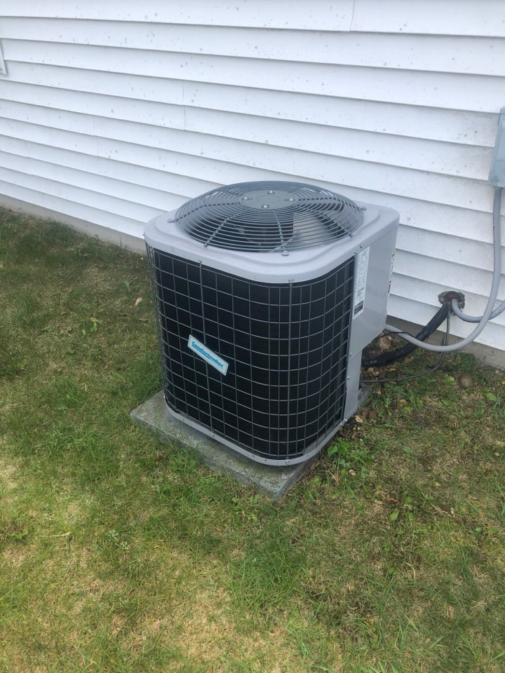 Roscoe, IL - Annual air conditioning maintenance inspection and cleaning plus repair