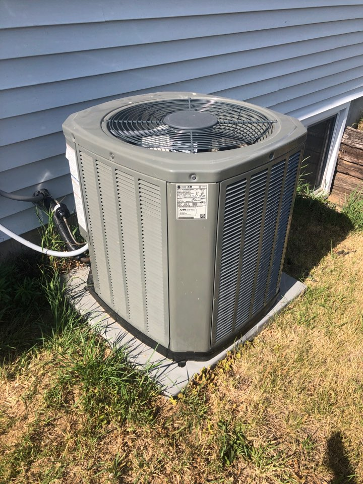 Annual air conditioning maintenance inspection and cleaning