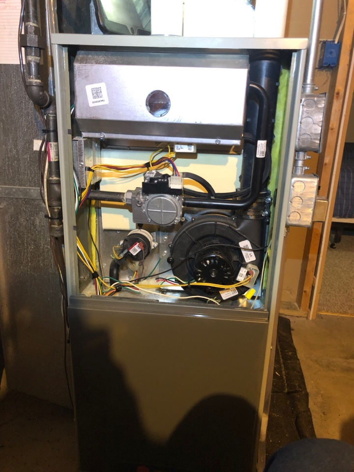 Byron, IL - Annual furnace maintenance inspection and cleaning