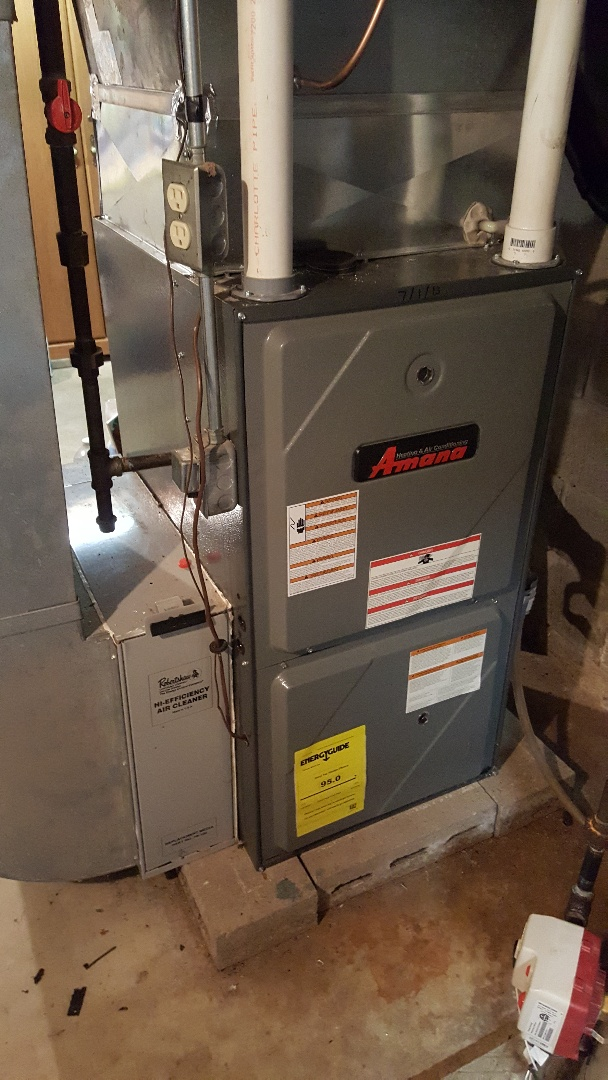 Eleroy, IL - Furnace repair. Repaired Amana two stage furnace.