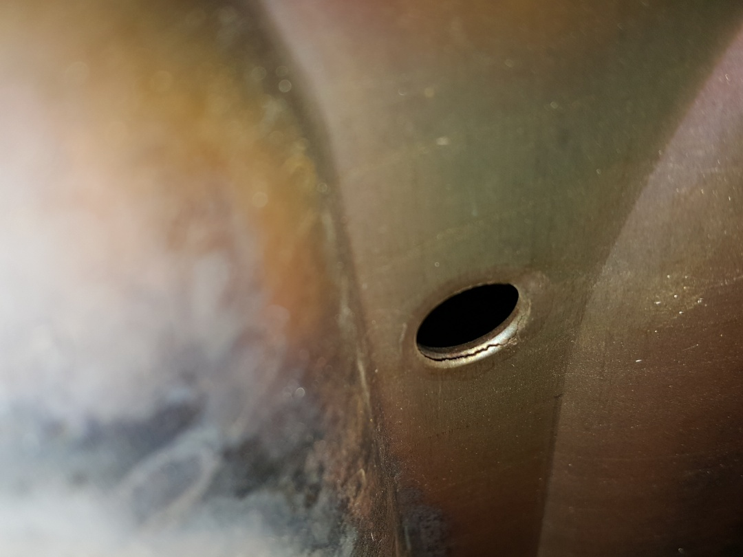 Mount Morris, IL - Furnace repair on a Heil furnace. Replacement of a heat exchanger. A crack is a crack no matter how small.