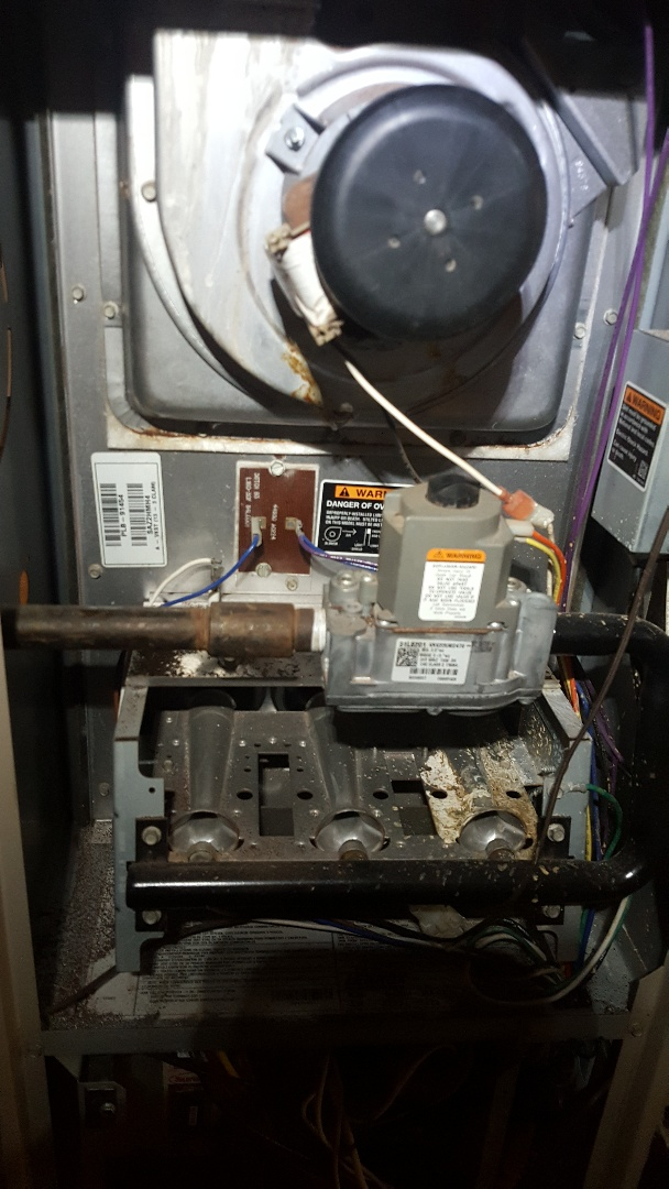 Loves Park, IL - Lennox furnace annual maintenance inspection