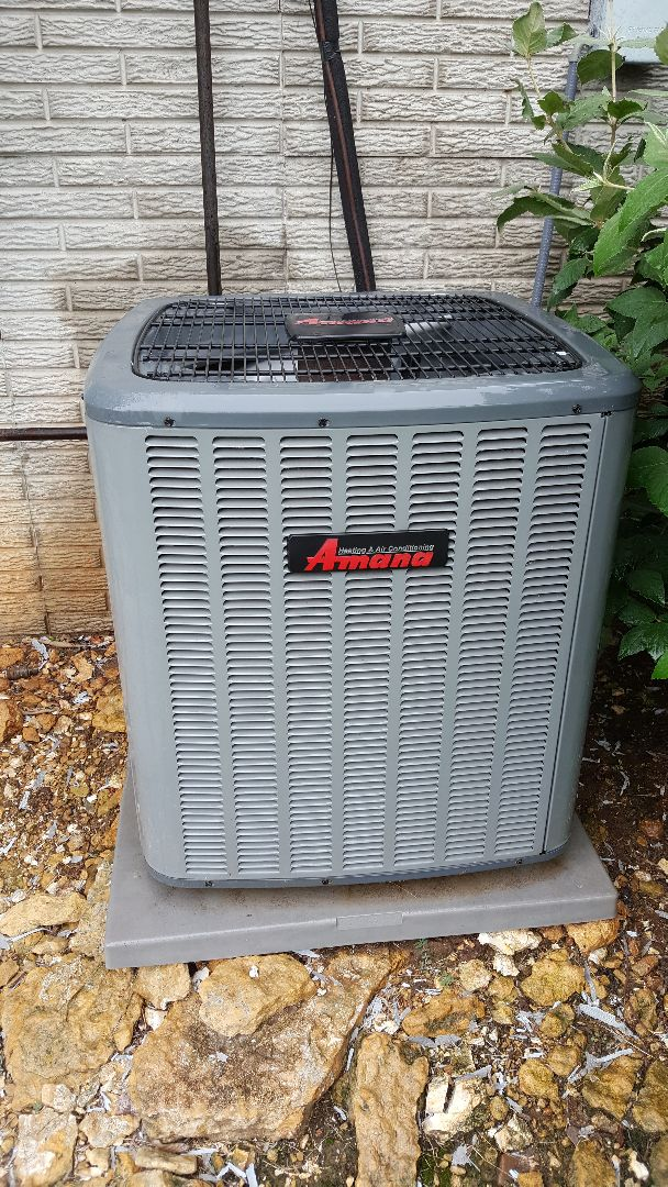 Lanark, IL - Seasonal maintenance on a Amana air conditioner. If is was a goodwomana it would always be right :)