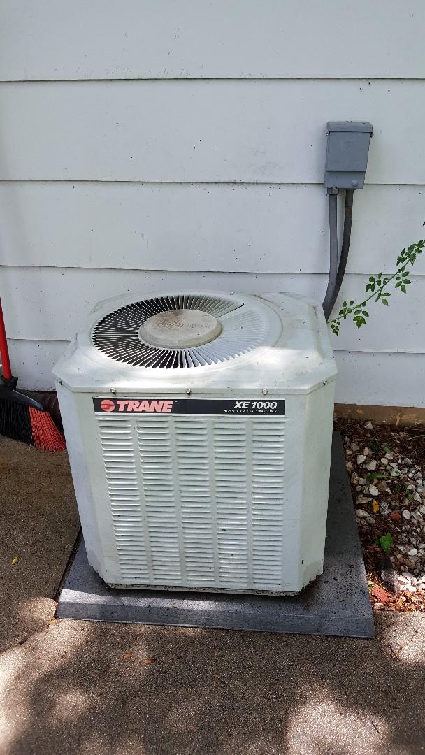 Freeport, IL - Seasonal maintenance on a Trane air conditioner.