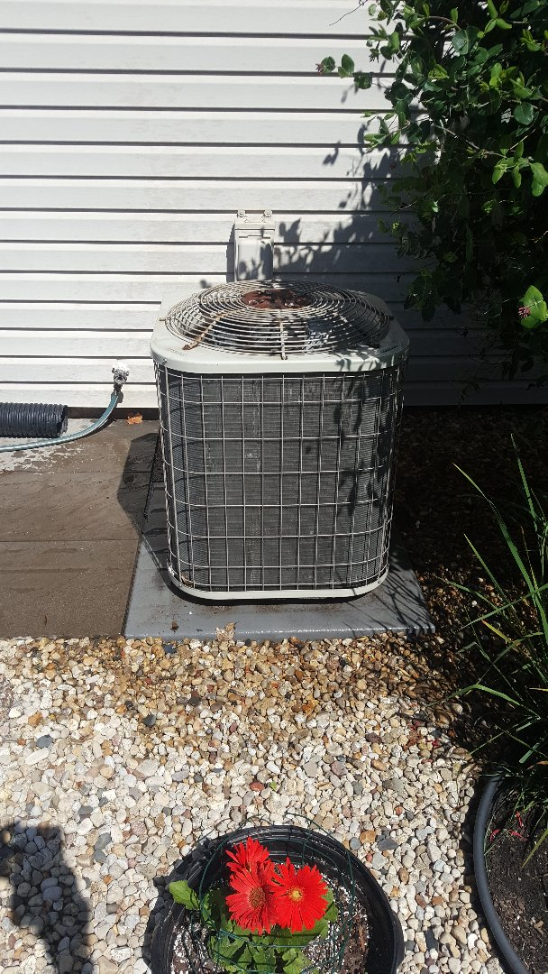Cherry Valley, IL - Payne air conditioning maintenance inspection and cleaning