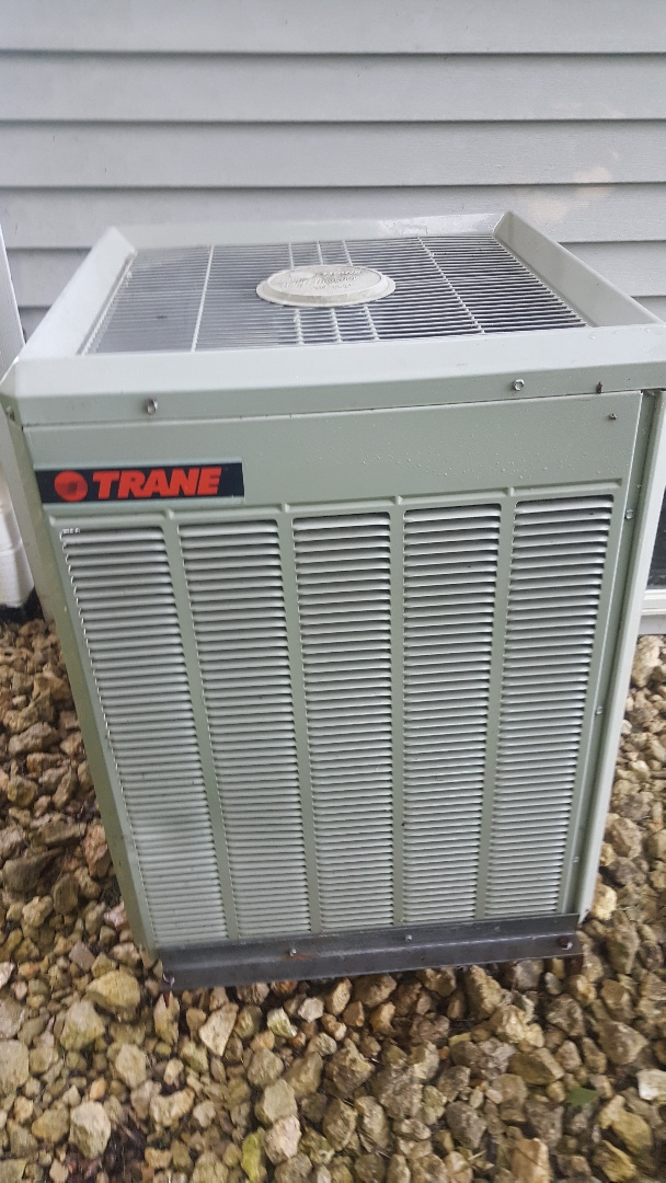 Lanark, IL - Trane air conditioning annual maintenance inspection and cleaning