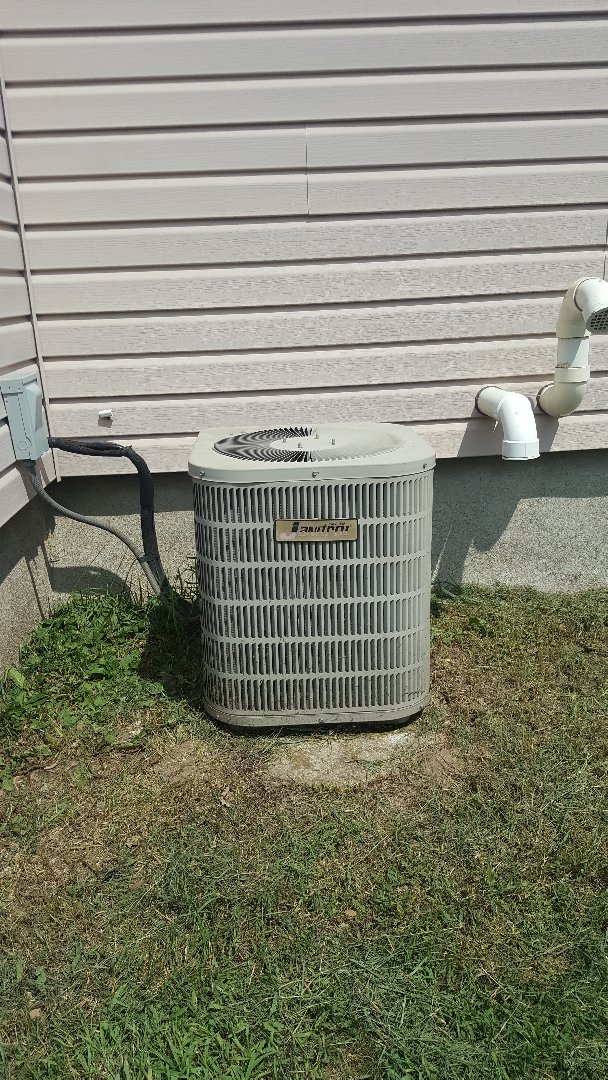 Ridott, IL - Annual air conditioning maintenance inspection and cleaning