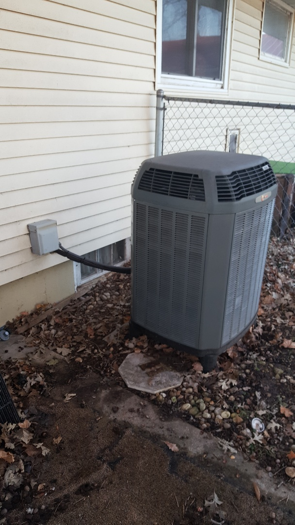 Baileyville, IL - Heating repair on a Trane heat pump.