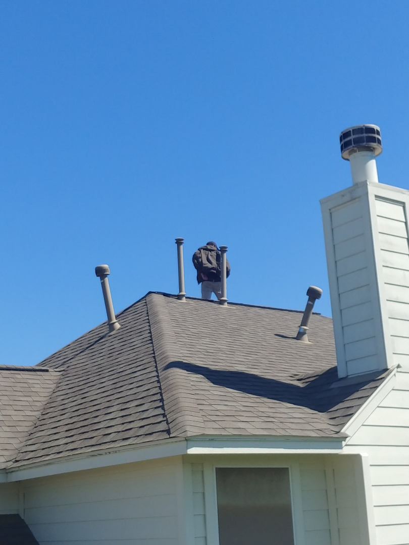 College Station, TX - Doing free roofing inspections!