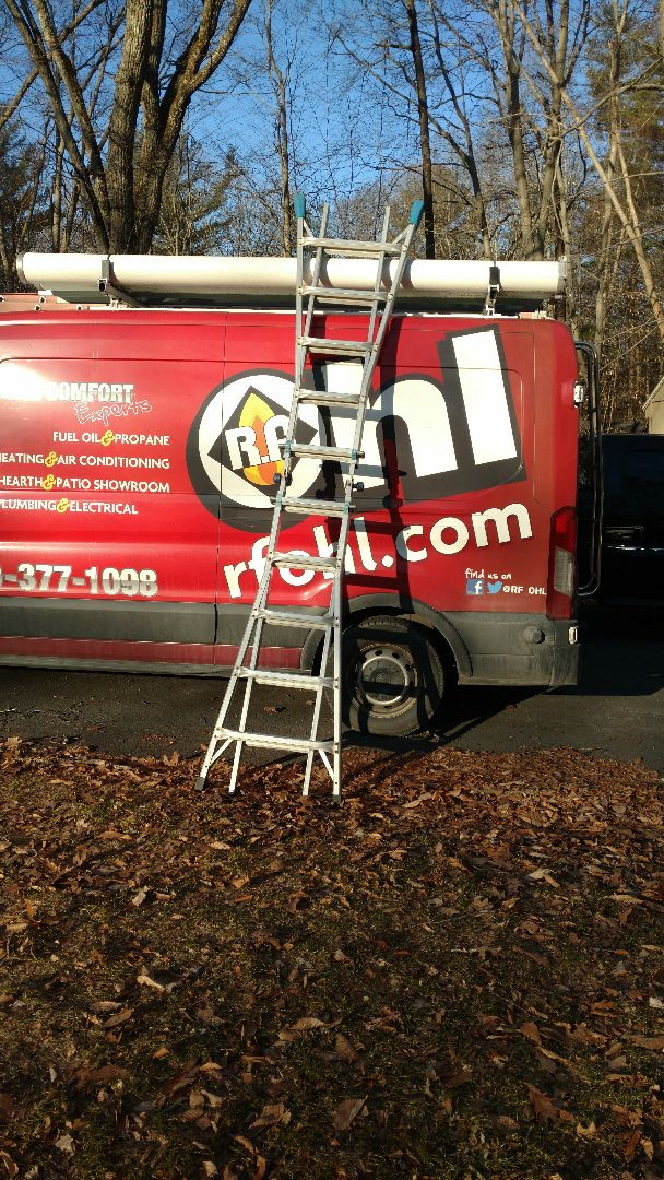Stroudsburg, PA - Installing a new Lennox Ductless heatpump system in Stroudsburg