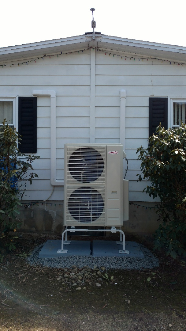 Bowmanstown, PA - Installing a new Lennox Ductless heatpump system in Bowmanstown