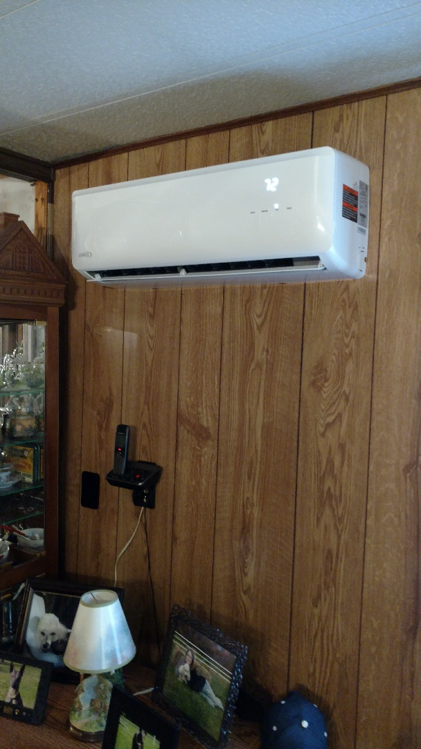 Bowmanstown, PA - Installed a new Lennox Ductless heatpump system in Bowmanstown